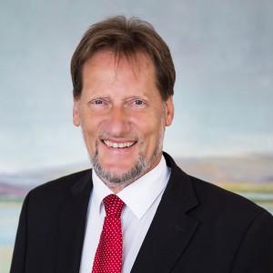 Volkmar Just ist Rechtsanwalt,Notar und Fachanwalt für Arbeitsrecht aus Berlin. Rechtsanwalt Justs Tätigkeitschschwerpunkte sind Arztrecht und Arbeitsrecht.